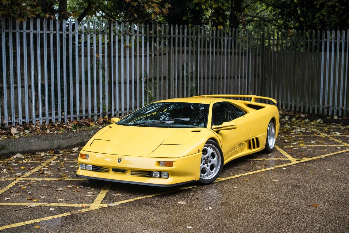 Featured Auction 1996 Lamborghini Diablo Se30 Uk Car Auction